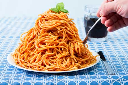 giant-plate-of-pasta-horiz_
